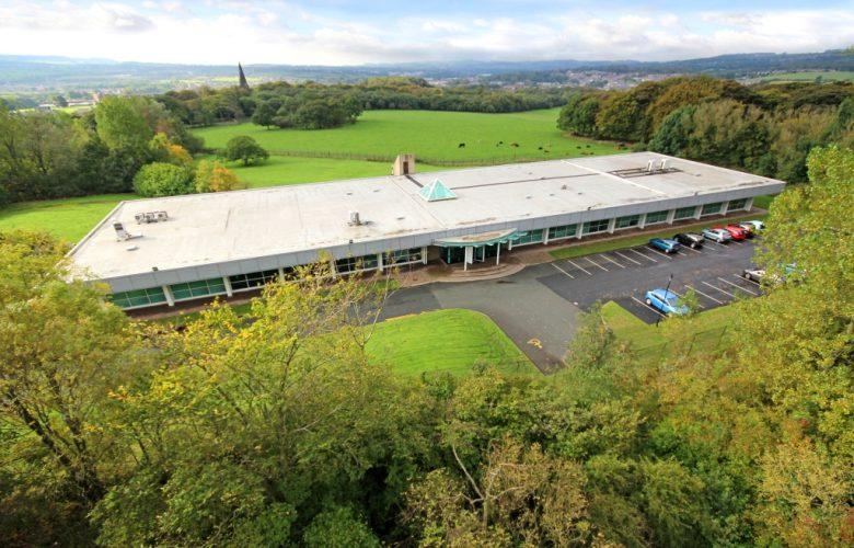 Exterior Image Parkhills, Burnley
