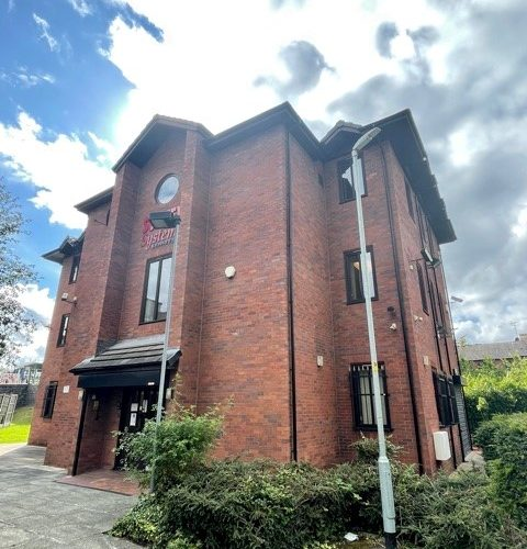 Willow Bank House, Handforth